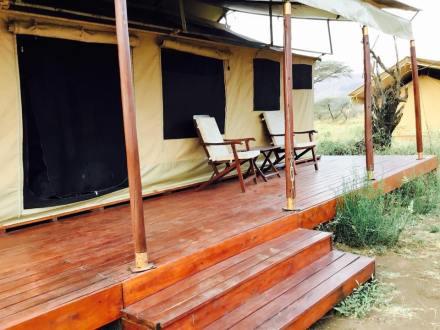 Acacia Central Camp25
